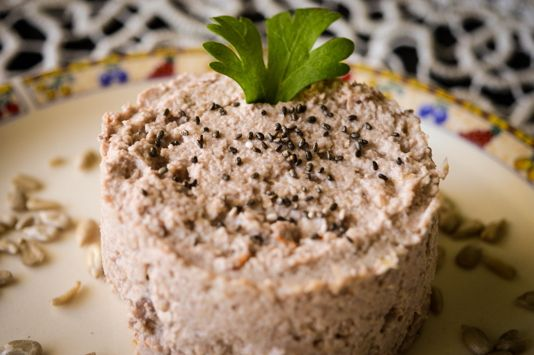 Healthy spread – seeds and nuts - I Rawck