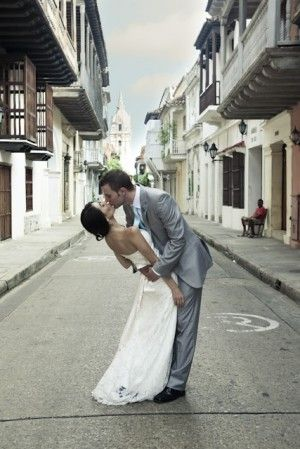 Destination wedding at Casa Don Sancho - Cartagena, Colombia. I want a picture like this!