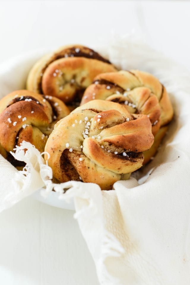Scandinavian Cinnamon Rolls | Recipe on Outside Oslo, a Scandinavian food blog by Daytona Strong