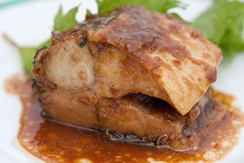 mackerel-braised-miso-sauce-saba-no-miso-ni http://justhungry.com/mackerel-braised-miso-sauce-saba-no-miso-ni