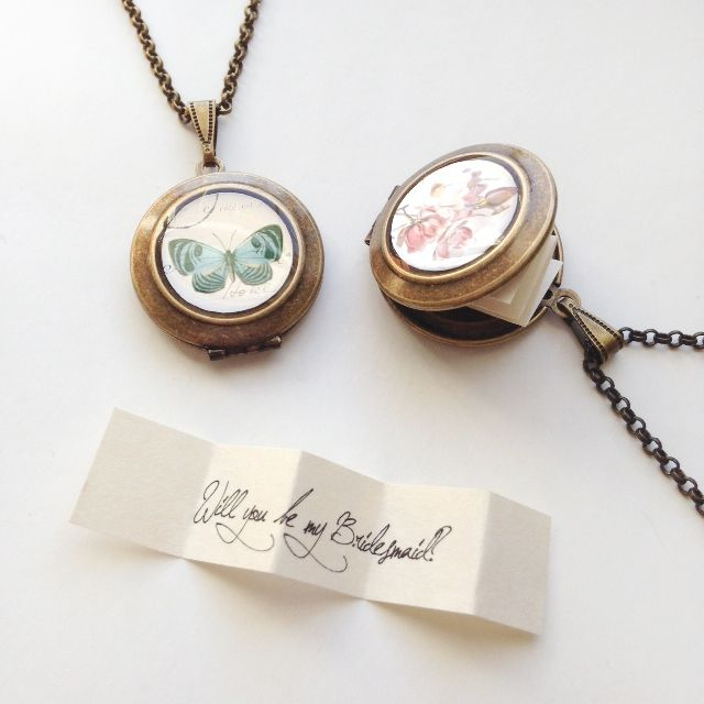 10 Fun 'Will You Be My Bridesmaid' Ideas - note lockets