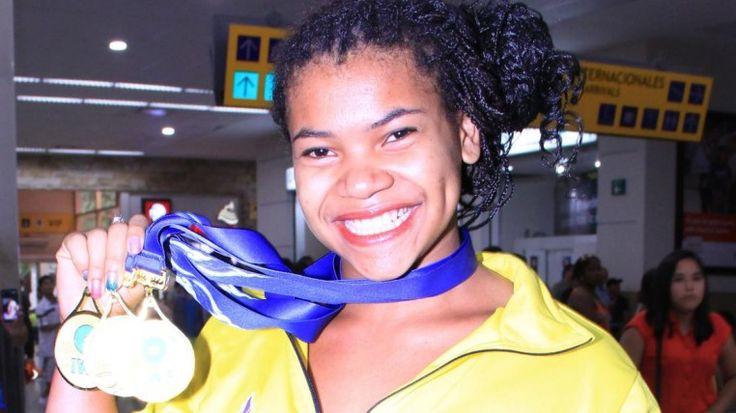 Angie Palacios volvió a Ecuador con el oro