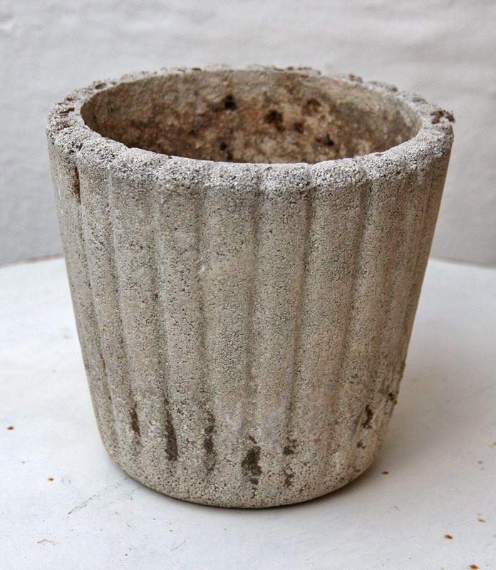 Til haven: Skønne ting i zink: baljer, vandkander mv., planteredskaber, sandstenskrukker, fuglebure, havemøbler samt blomster- og plantemøbler - IMG 8916 -