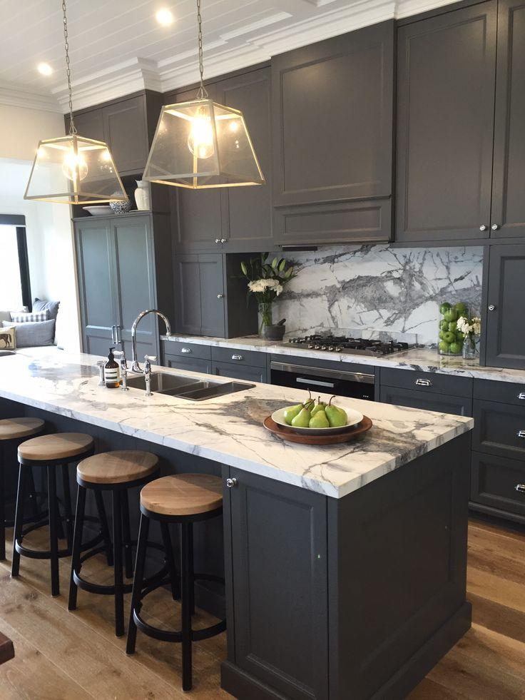 #jamesleewarnerfurniture #kitchens #HamptonsStyle #miele #theenglishtapwarecompany #liebherr #quasair #graniteandmarbleworks #antarcticwhitemarble #charcoalgreykitchen #cottonlove