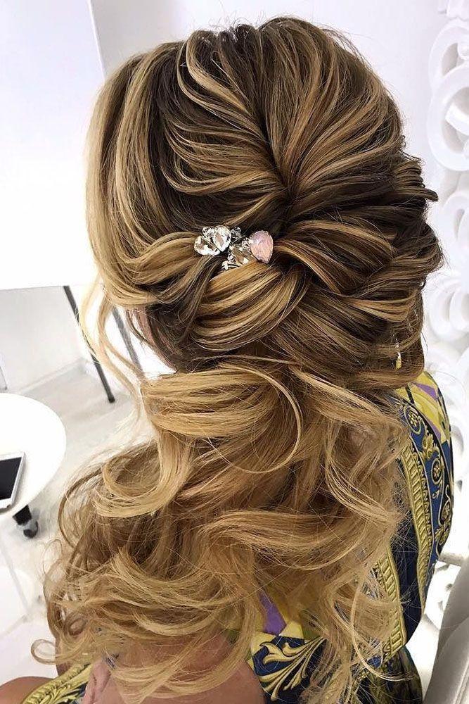 half up half down wedding hairstyles ideas side hair with accessory oksana sergeeva stilist #weddinghairstyles