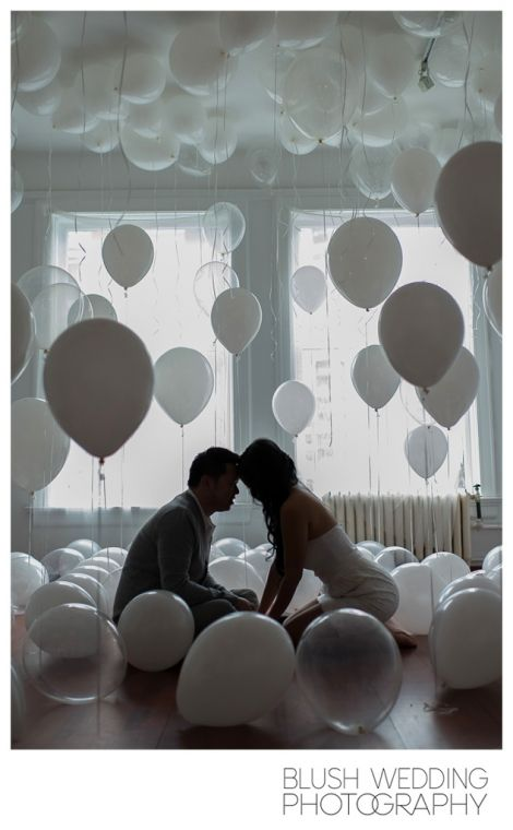 Balloon filled room engagement shoot