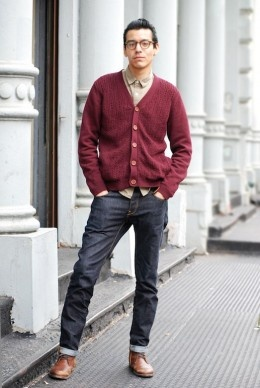 proper red cardi, manWeekend Wear, Fit Jeans, Perfect Weekend, Street Style, Men Style, Gentleman Club, Men Fashion, Red Cardi, Style Ideas