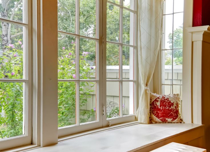 Nothing brightens up a room like a fresh coat of paint—but the unfortunate side effects of many painting projects are spills and splatters. Even the most careful painters can find their hard work marred by drips on the countertop, linoleum, or carpeting. Fortunately, most paint splotches can be cleaned up with a few handy household cleansers and tools—rags, alcohol, nail polish remover, and sometimes just plain water—along with a bit of elbow grease. Here are some tips on how to remove paint…