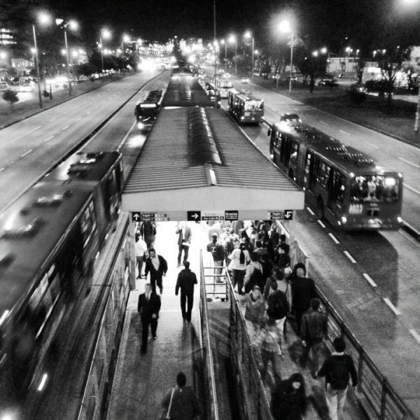 Twitter / nitrospawn: #Bogotá a toda velocidad!