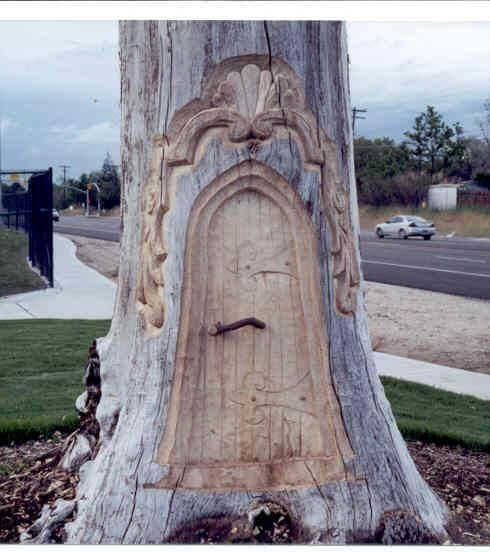This would be awesome on an old tree stump. (Never carve into living trees. It invites disease and can damage and even kill the tree.)