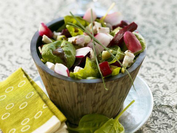 Bunter Salat mit Spinat ist ein Rezept mit frischen Zutaten aus der Kategorie Blattgemüse. Probieren Sie dieses und weitere Rezepte von EAT SMARTER!