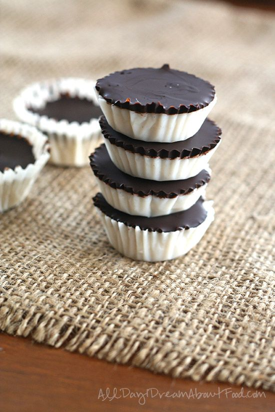 No Bake Low Carb Chocolate Coconut Cups (Low Carb & Gluten Free) - All Day I Dream About Food