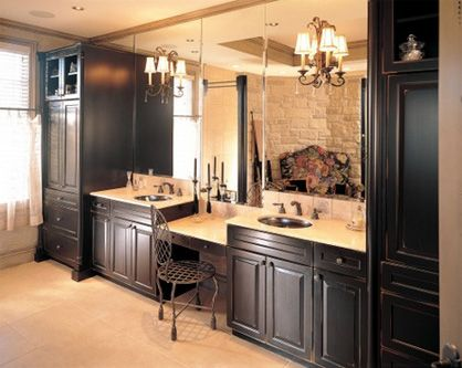 Excellent The Master Bath Features A Dual Sink Vanity With Knee Space Jetted