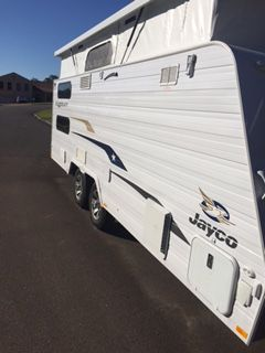2015 STARCRAFT FOR HIRE 2015 Jayco Starcraft 17.58-1 (Lisarow) - Caravan and Camping Hire