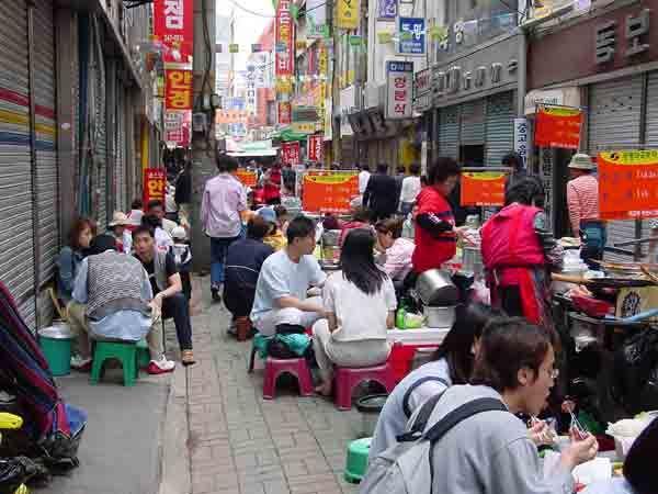 국제시장 먹자골목 :: 넉넉한 인심과 풋풋한 부산 사람들의 정을 덤으로 맛볼 수 있는 곳
