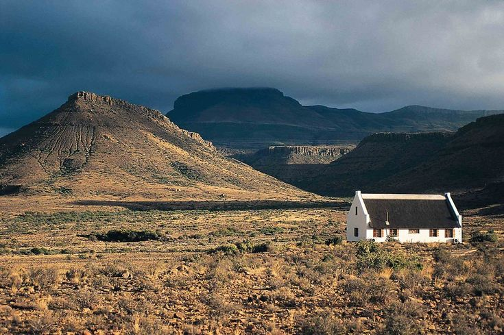 As a country rich in both ancient and contemporary history, South Africa's culture can be felt everywhere from tribal villages to vibrant cities. Here's your guide to South Africa's cultural treasures.