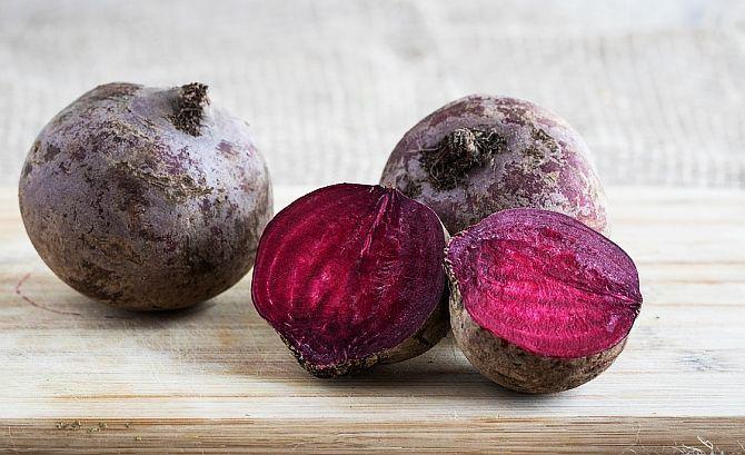 Miraculoasa SFECLĂ roșie - antiinflamatoare, detoxifiantă, hepatoprotectoare și anticancerigenă   La Taifas