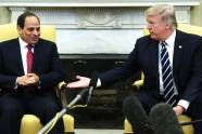 Trump loves despots: He couldn't shake Angela Merkel's hand, but falls hard for Egypt's strongman. Sense a pattern? - http://www.salon.com/2017/04/04/trump-and-the-despots-he-couldnt-shake-angela-merkels-hand-but-falls-hard-for-egypts-strongman-sense-a-pattern/