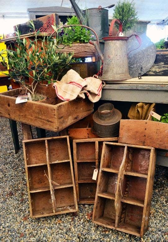 8 Pro Tips for Shopping Brimfield — Brimfield Antique Show 2013 | Apartment…