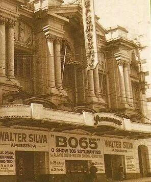 Década de 60 - Teatro Paramount na avenida Brigadeiro Luiz Antonio.