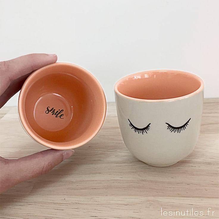 ♡ Smile ♡ Pour bien démarrer la journée, plein de jolies petites tasses vous attendent sur Lesinutiles.fr ! Tasses, bols, mugs, bloomingville, greengate, iittala, atomic soda - Photo ©Lesinutiles