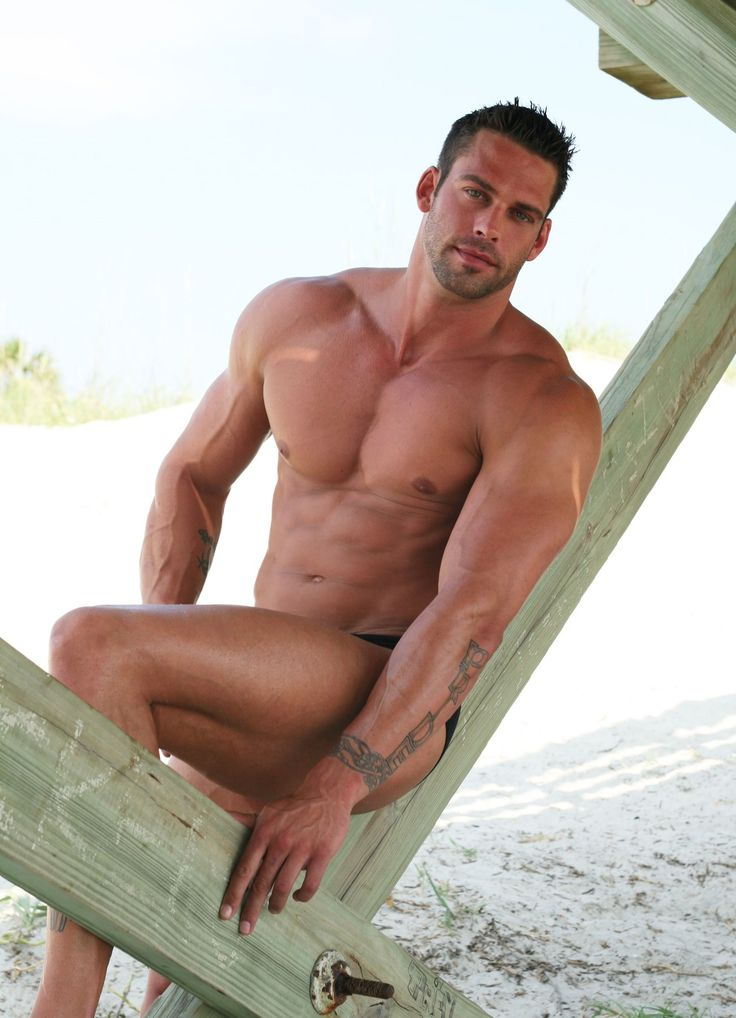 Agosto en la playa: Eye Candy, Beautiful, Muscle, Sexy Men, Beach, Hot Guys, Man, Hot Men, Trent West