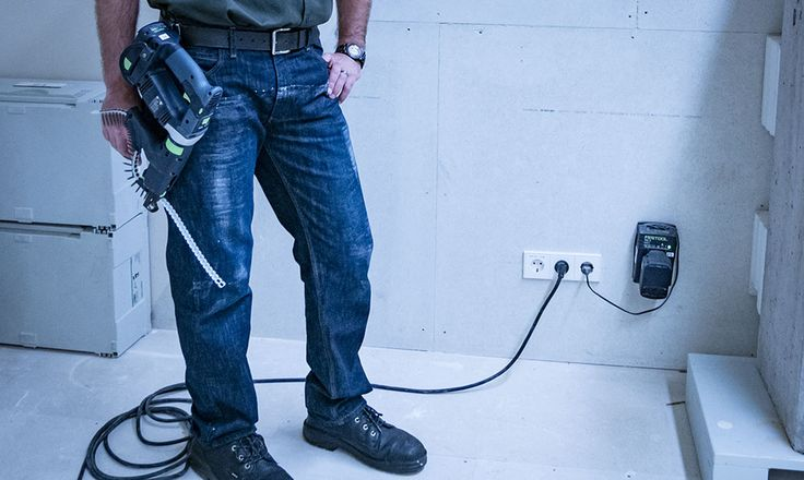 Dickies X-Series Relaxed Fit Jeans XD740  I like the lightweight, relaxed design, and true fit of the new Dickies X-Series Relaxed Fit Jeans. I also love the fact that I can wear them anywhere without feeling out of place.  #jeans #workwear #construction #remodeling #demolition #clothing #pants #denim #Dickies  https://www.protoolreviews.com/tools/safety-workwear/dickies-x-series-relaxed-fit-jeans-xd740/26864/