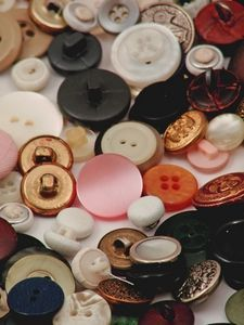How to make jewelry from shank buttons buttons for Buttons with shanks for jewelry