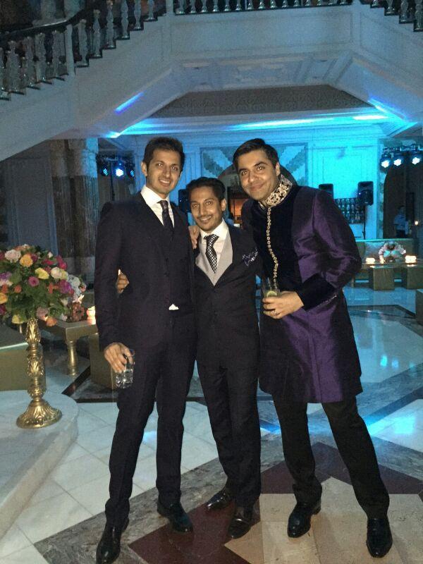 Taher Suterwalla enjoying with his buddies
