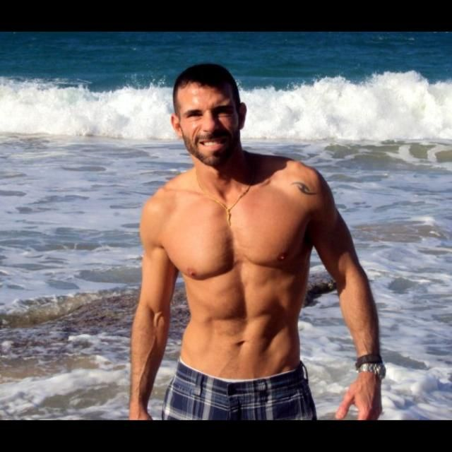 Build Six Pack Abs with Your Smart Phone #sixopackabs