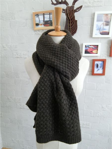 This beautiful Cashmere Wool Scarf is made in Italy and is perfect for any season! It measures 200cm by 65 cm.