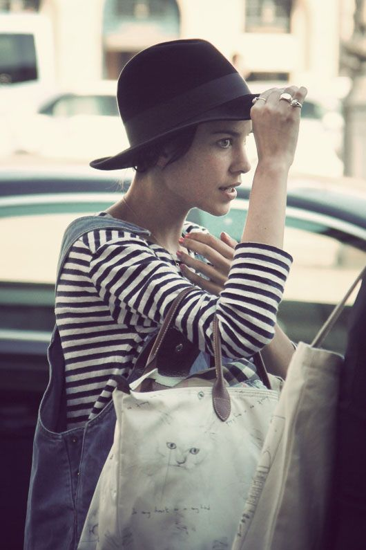 Alexa Chung: Fashion Dresses, Denim Bags, Hats Overalls, Breton Stripes, Street Style, Strips, Alexa Chung, Cat Bags, Stripes Hats