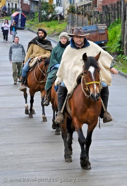 chiloe island | exploring Chiloe Island on horseback