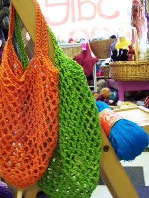 frayed at the edges: FREE: Crochet Grocery Bag Pattern
