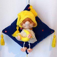 """Интерьерный сувенир """" ХРАНИТЕЛЬ СНА""""  Такой милый подарок привнесет уют в оформлении детской комнаты или спальни. И обязательно вызовет у её маленького обитателя только положительные эмоции…"""
