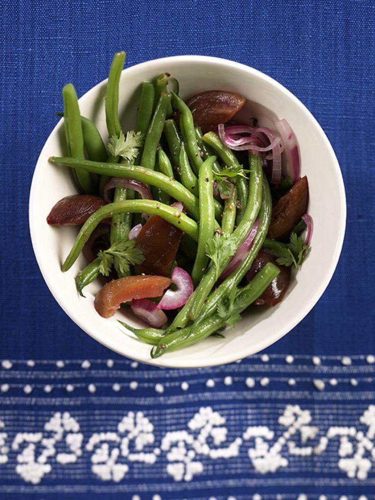Rezept für Zwetschgen-Bohnen bei Essen und Trinken. Ein Rezept für 3 Personen. Und weitere Rezepte in den Kategorien Gemüse, Gewürze, Kräuter, Obst, Beilage, Braten, Dünsten, Kochen.