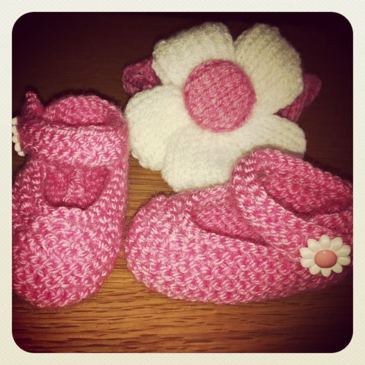 Free Knitting Pattern For Baby Mary Janes : Knitted baby Mary Janes and flower headband. Free Pattern from www.redheart.c...