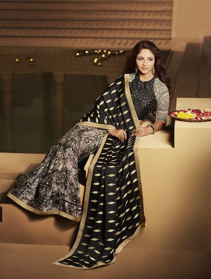 #Designer's #Saree #Online