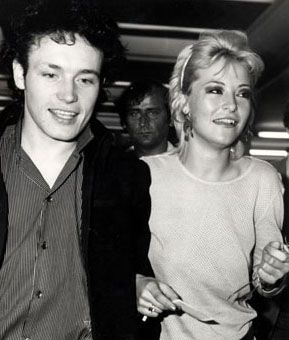 Adam Ant and Amanda Donohoe. Perfect couple. <3
