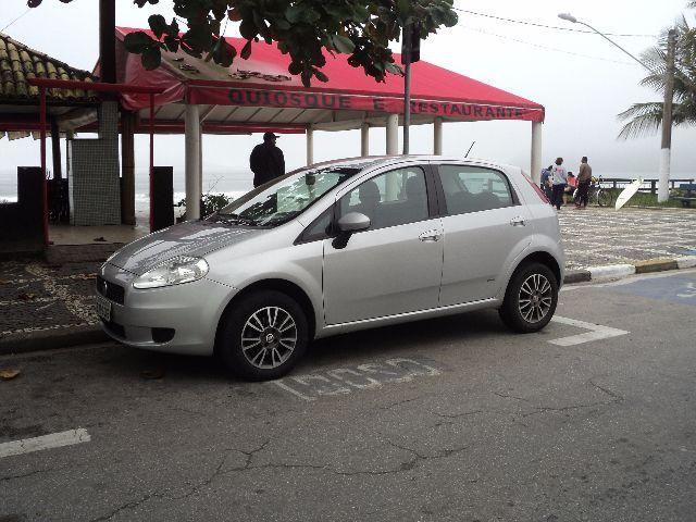Fiat Punto único dono com revisões programadas