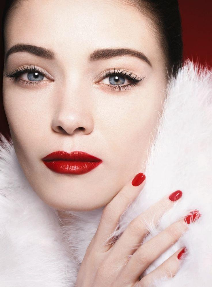The Giorgio Armani Fuchsia Maharajah spring 2015 makeup collection