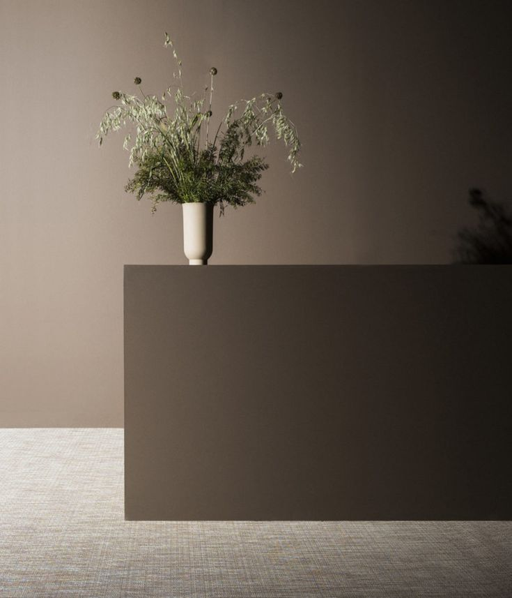 MENU | Cyclades Vase in Recidence Magazine