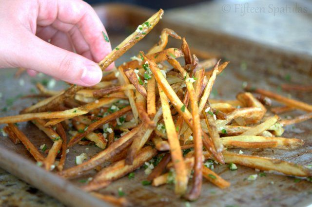 If you're gonna eat french fries, skip the drive through and make these Crispy Baked Garlic Fries from Fifteen Spatulas instead!