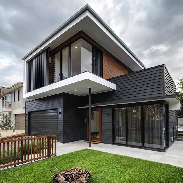 Winter is coming! Best caption ever (not to mention this delightful project) by Big House Little House featuring Scyon Linea cladding. #australianarchitecture #architecture #exterior #exteriordesign #scyonwalls
