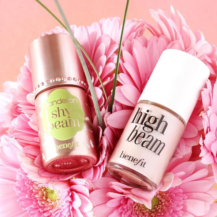 Tell us, Benebabes! Do you prefer shy beam for a soft, shimmer-less spotlight or high beam for subtle luminescence!?