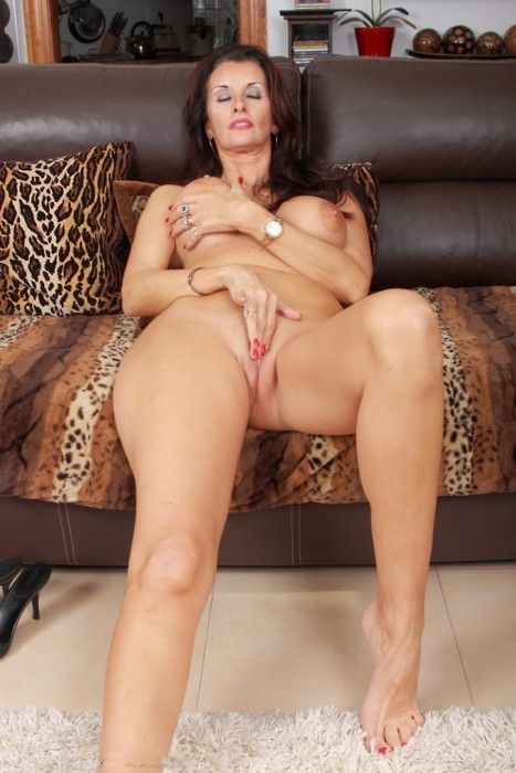 Hot fuck 137 busty latin bbw go for bwc - 3 1