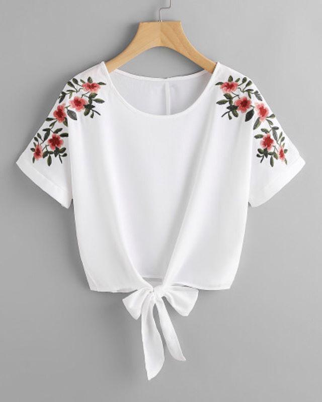 Flower Embroidery Knot Front Top - www.anabellas.co #anabellas #top #mangacorta #cuelloredondo #nudo #bordadodeflores #casual