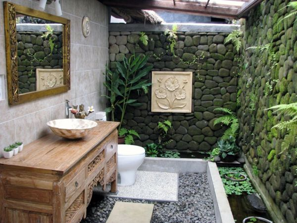Outdoor feel, use of plants, natural light