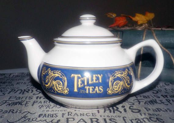 Vintage c.1980s Tetley Teas Collector Edition teapot with
