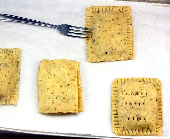 Thanksgiving Leftover Turkey and Fixins Pop Tarts - like a fancy hot pocket made from all your #Thanksgiving leftovers!  Yum!!!
